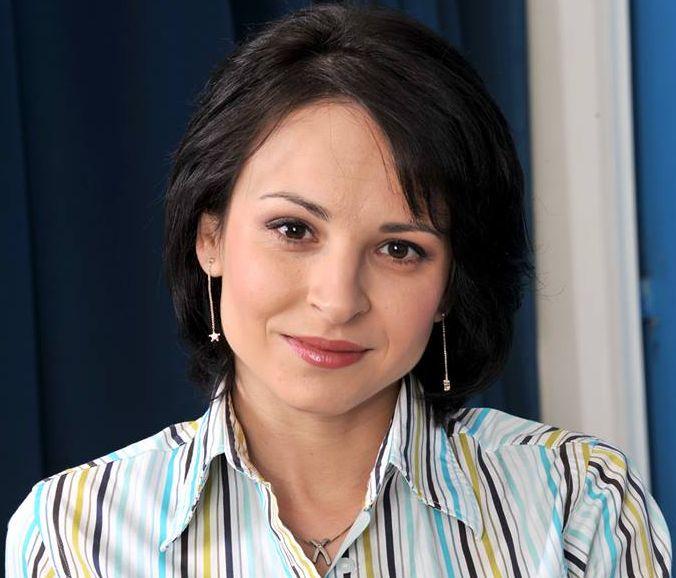 Corina Ungureanu, dovada că poți fi frumoasă, deșteaptă și
