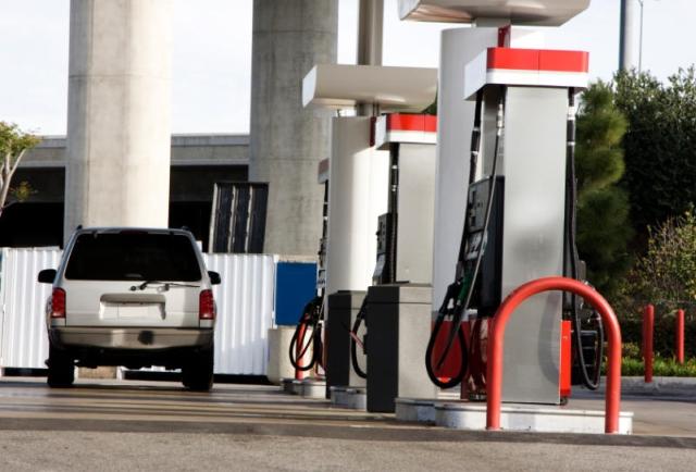 ion tiriac va deschide benzinarii in romani