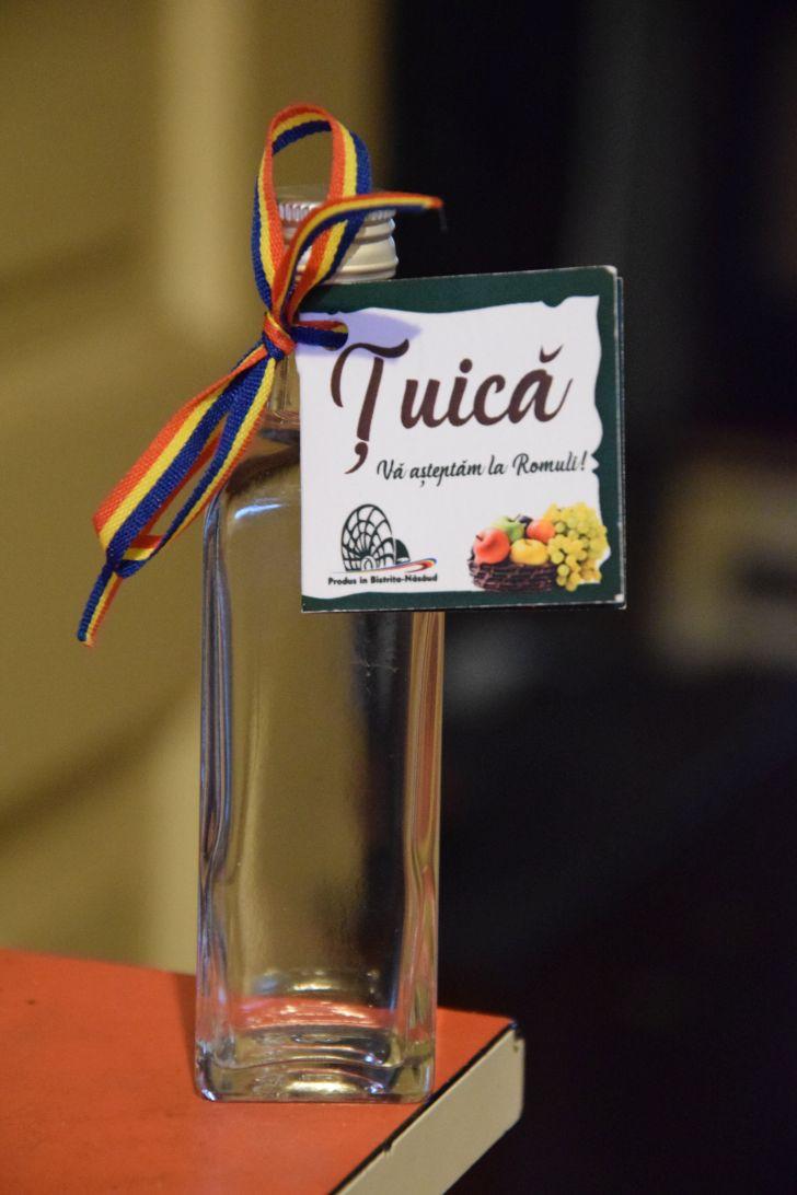 tuica de prune brand al judetului bistrita-nasaud remarcata la targul de turism al romaniei