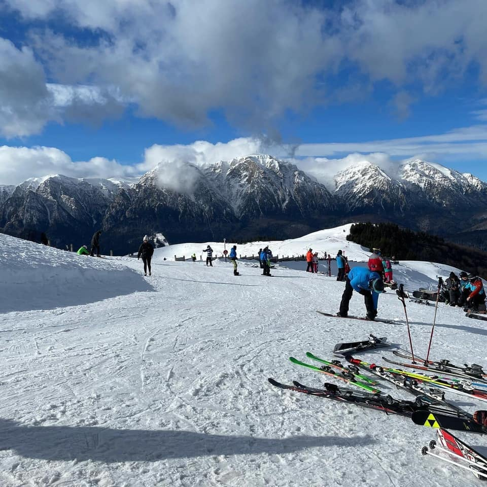 sezonul de ski continua in prahova