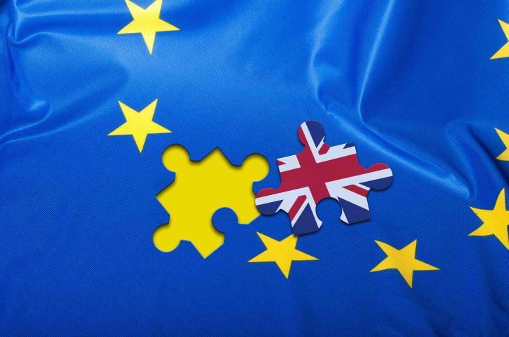 sute de mii de cetateni europeni risca sa piarda dreptul de sedere in marea britanie dupa brexit