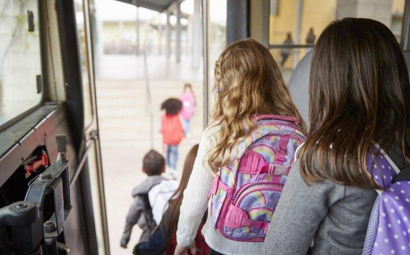 transportul gratuit pentru elevi devine realitate in prahova incepand cu 1 noiembrie